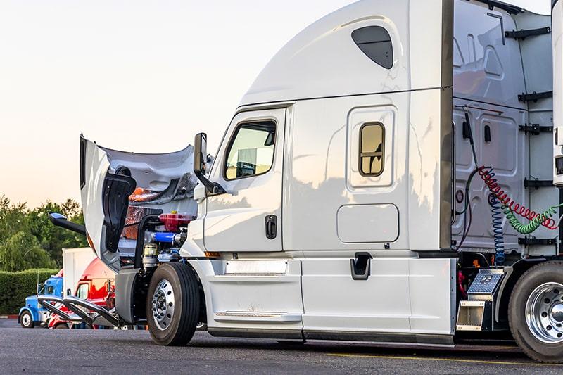 King_Truck Trailer Repair_Roadside Assistance_800x533px-min